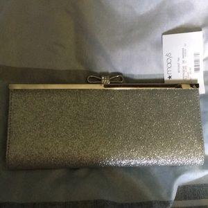 Silver purse, excellent condition